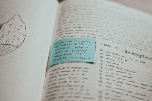 「~すればするほど、ますます〜になる」の英語の例文を見てみよう